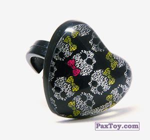 PaxToy.com  Игрушка, Фигурка 11 Кольцо штамп Сердце - Черепушка с бабочкой из Choco Balls: Monster High